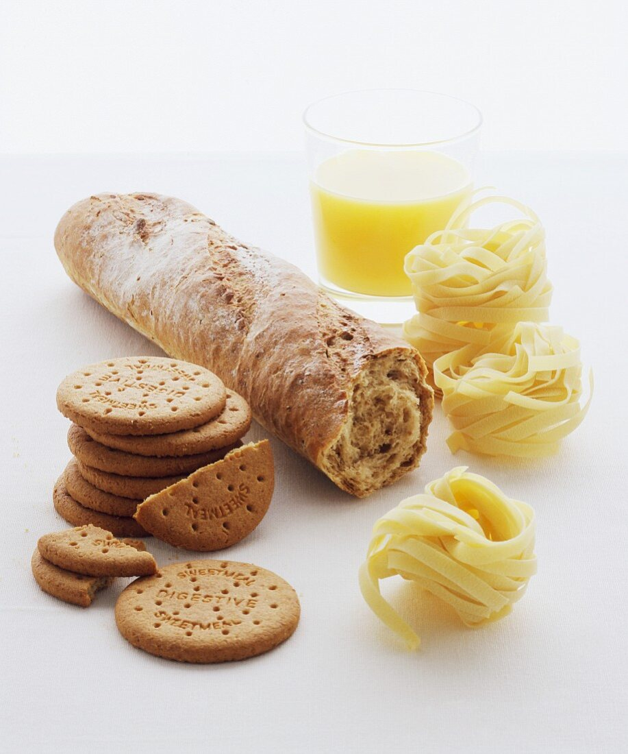 Biscuits, wholemeal bagutte, pasta and a banana smoothie