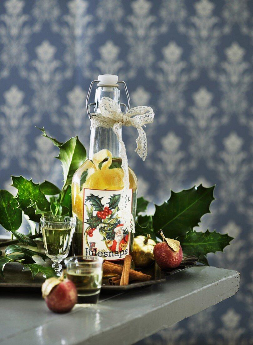 Aquavit mit Zitronenschale aromatisiert (Skandinavien)