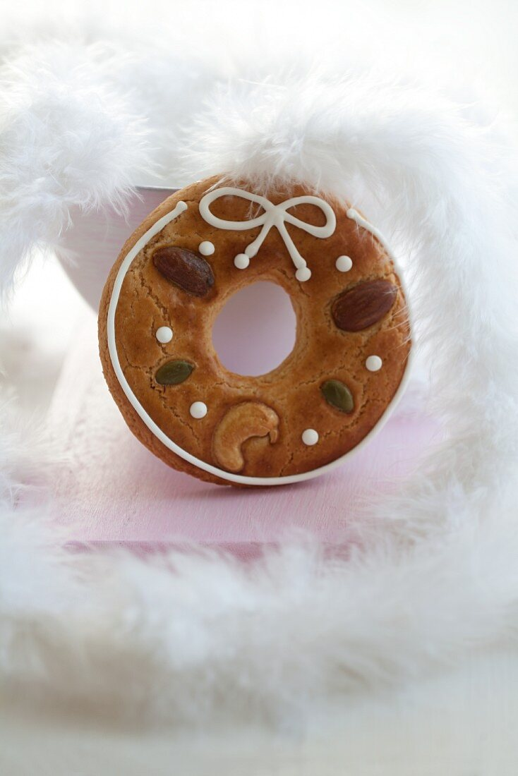 A gingerbread ring