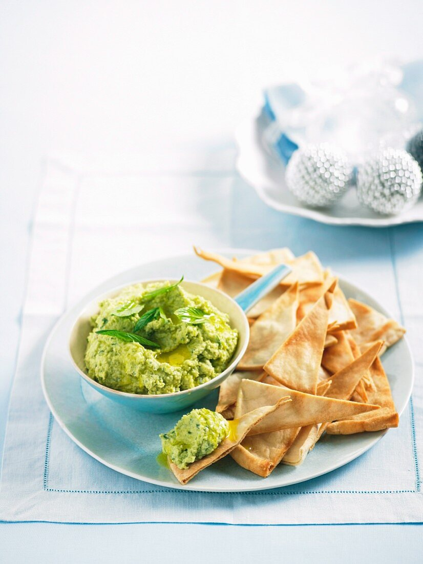 Broad and feta dip with pita bread triangles for Christmas