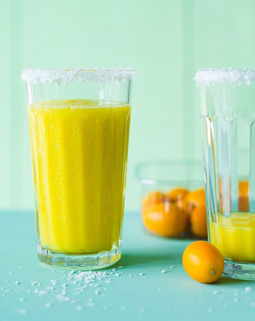 Kumkoko Dream: a smoothie made with kumquats, pineapple and coconut