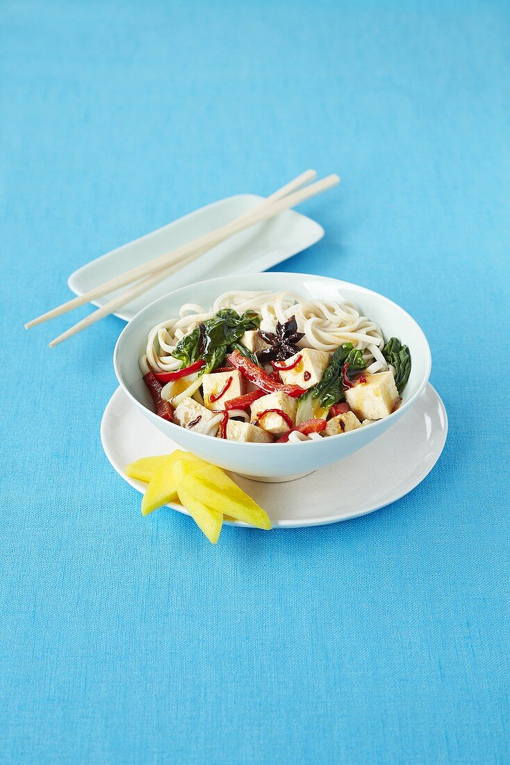Oriental noodles with tofu and vegetables
