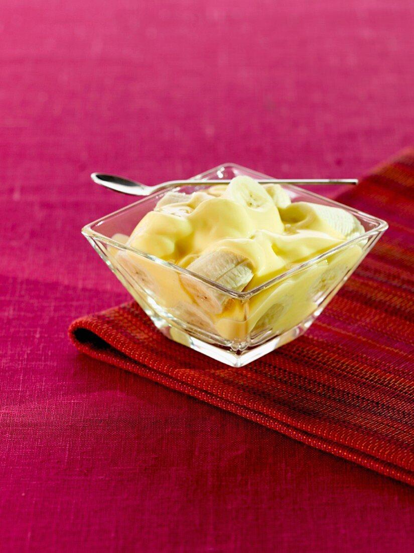Banana with custard cream
