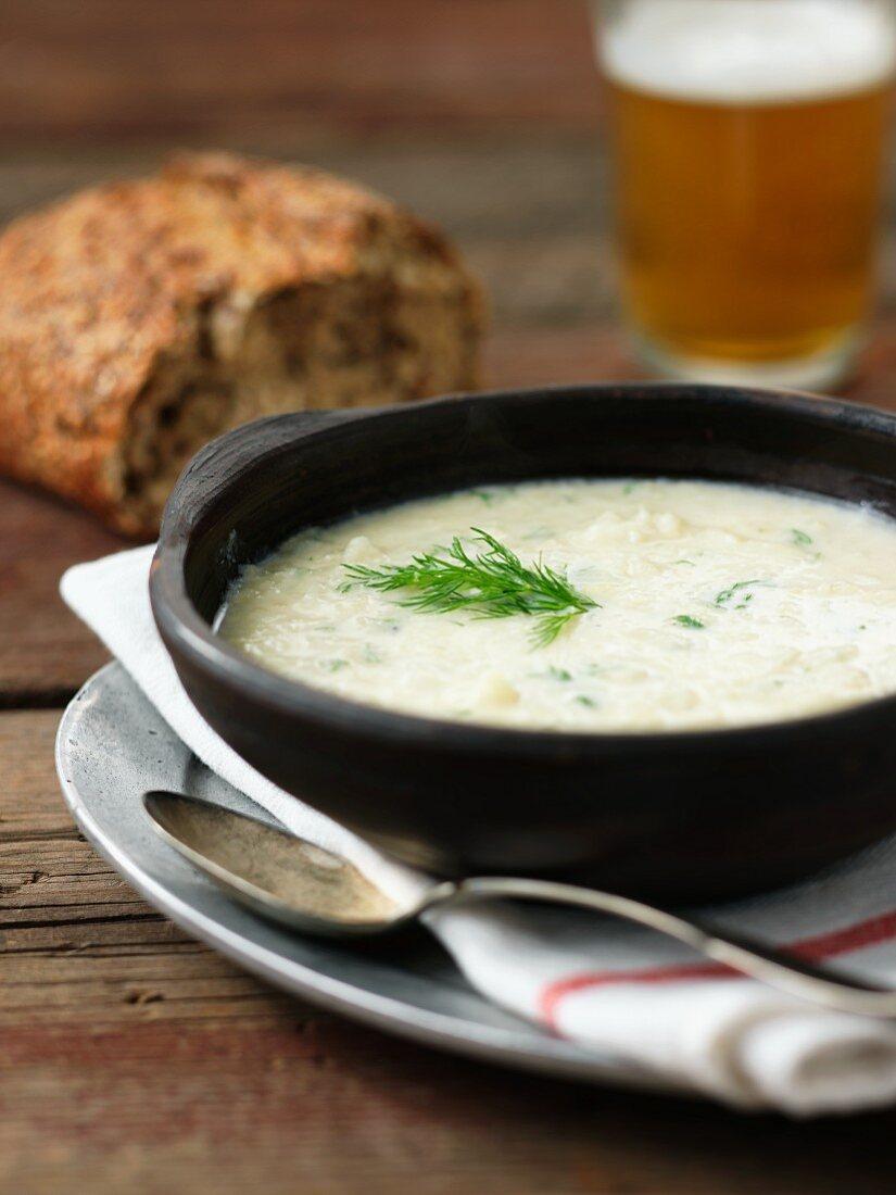 White onion soup