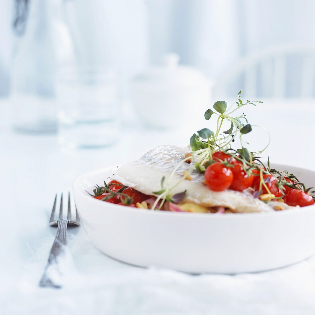 Cod with potatoes and cherry tomatoes