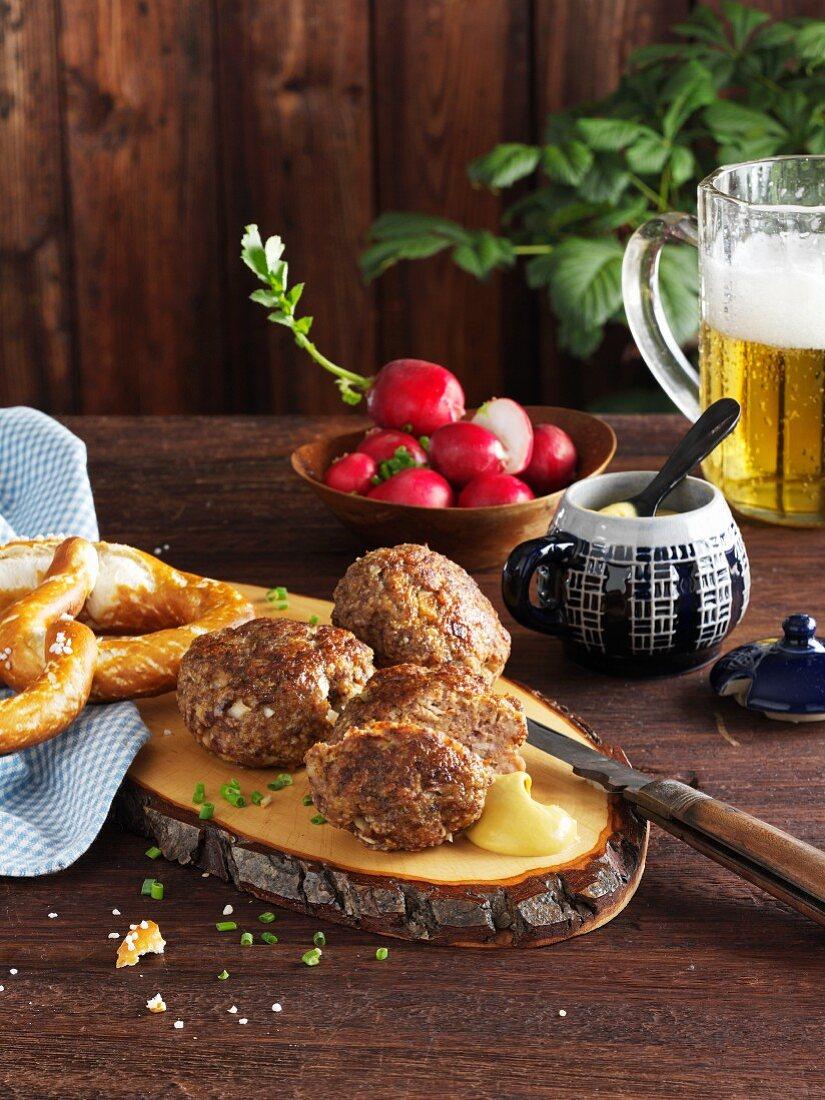 Bavarian minced meat patties