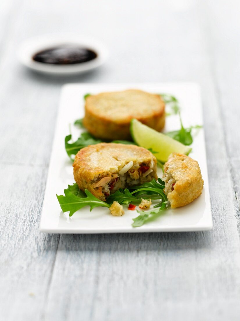 Fish cakes with rocket salad