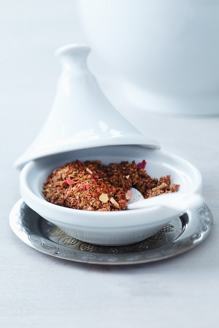 A dish of Oriental spices