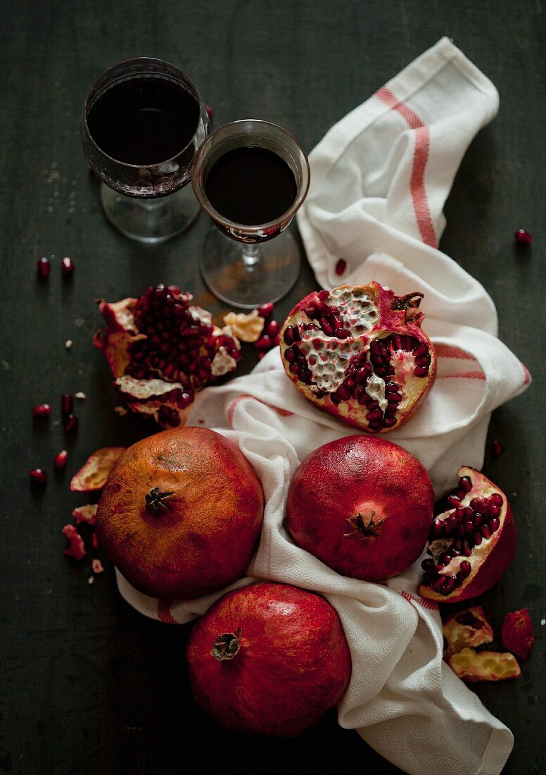 Fresh pomegranate and pomegranate juice