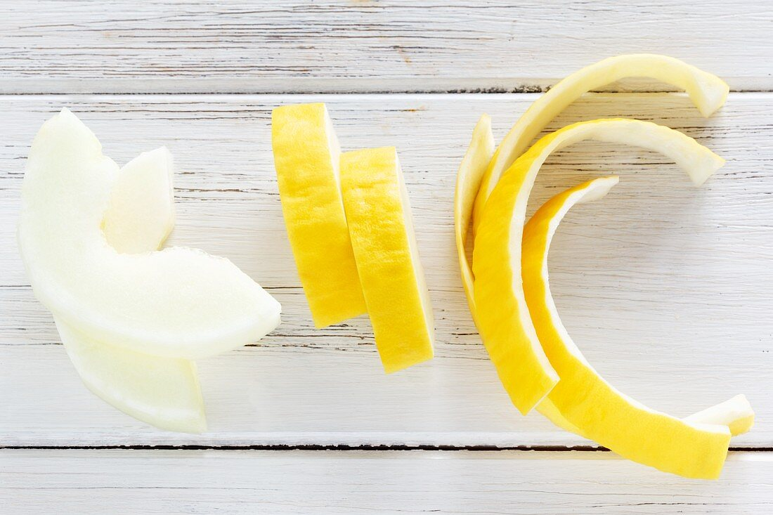 Honeydew melon wedges