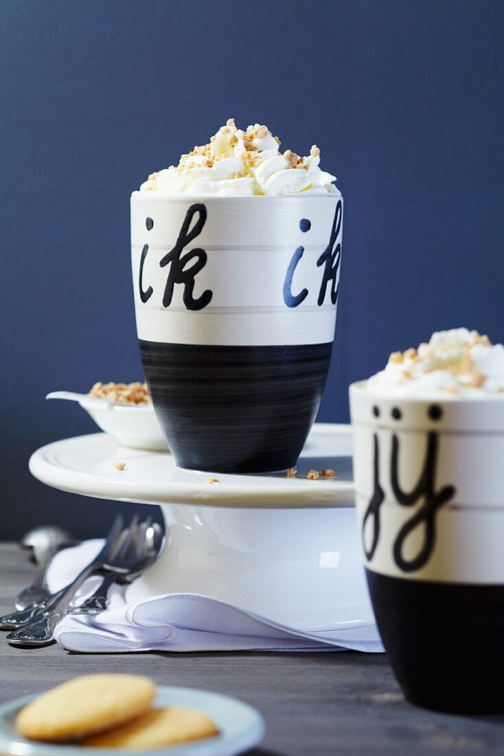 Two Flying Dutchmen (hot chocolate with cream and brittle)
