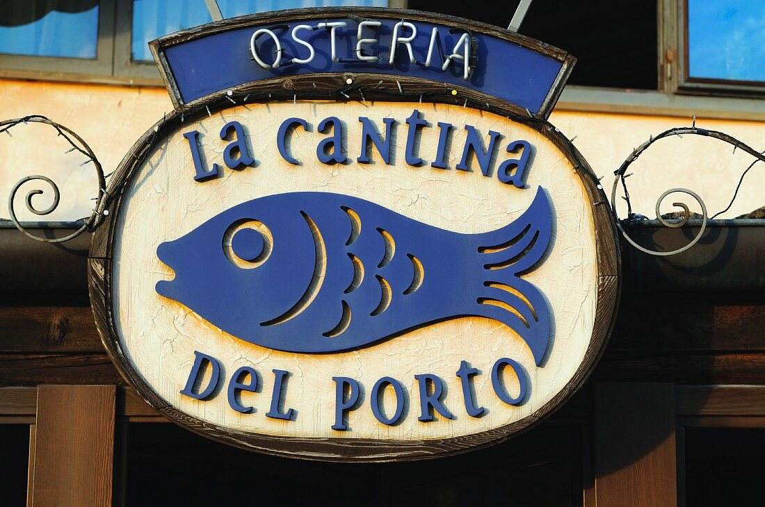 Sign for an Italian seafood Osteria