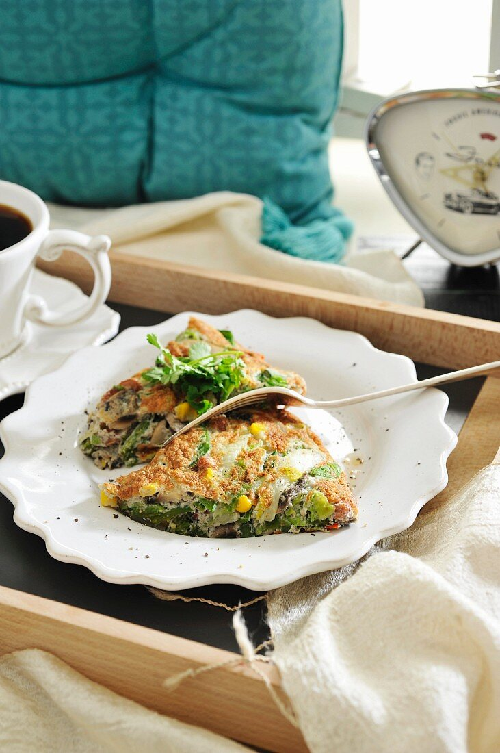 Soufflé omelette with Chinese cabbage and sweetcorn (Indonesia)
