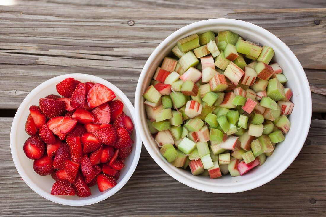 Strawberries and rhubarb, cleaned and chopped