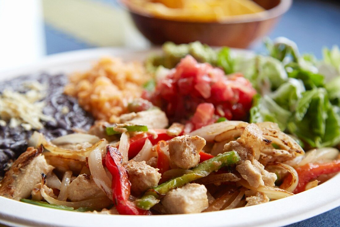 Vegan fajitas with vegetables and rice (Mexico)