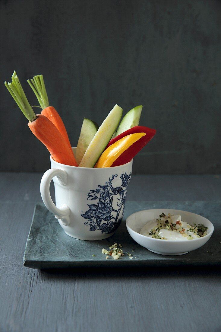 Julienned vegetables with a yoghurt dip