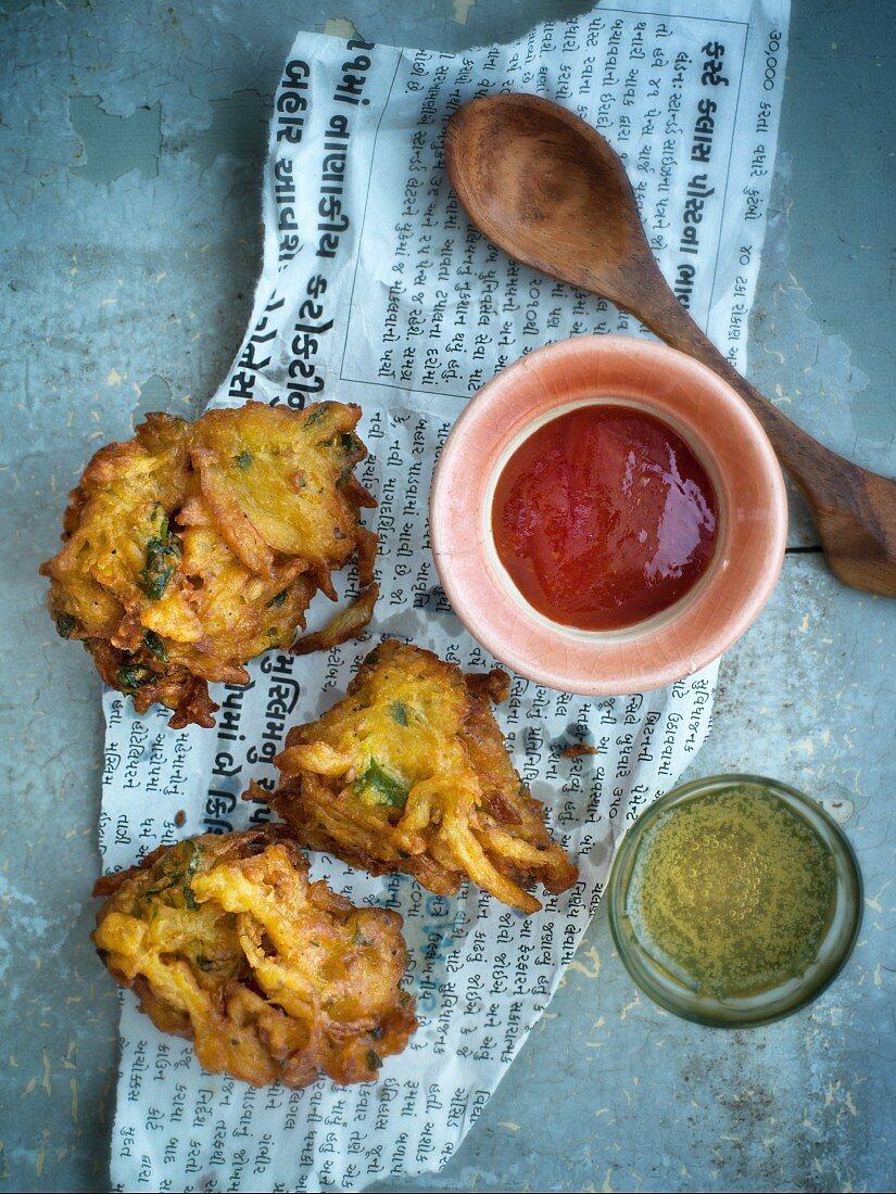Onion bahjis (India)