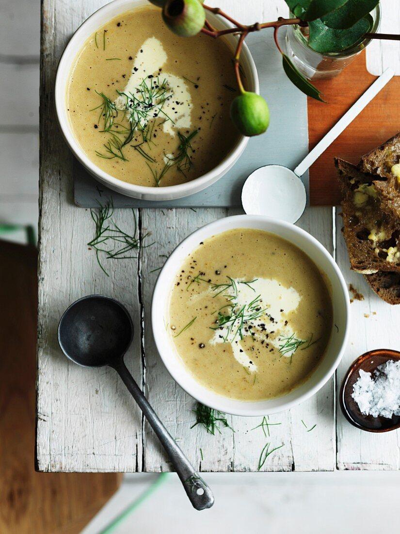 Cream of fennel and potato soup