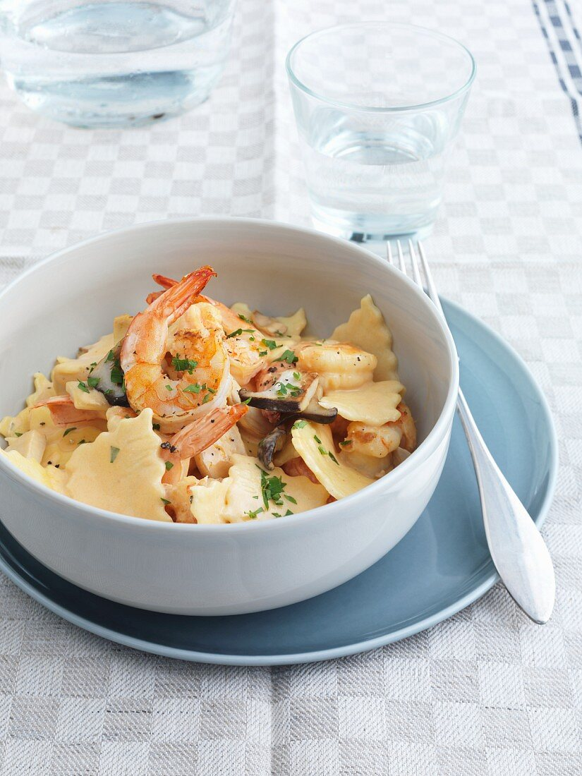 Maltagliati Mare e Monti (pasta with prawns and mushrooms, Italy)