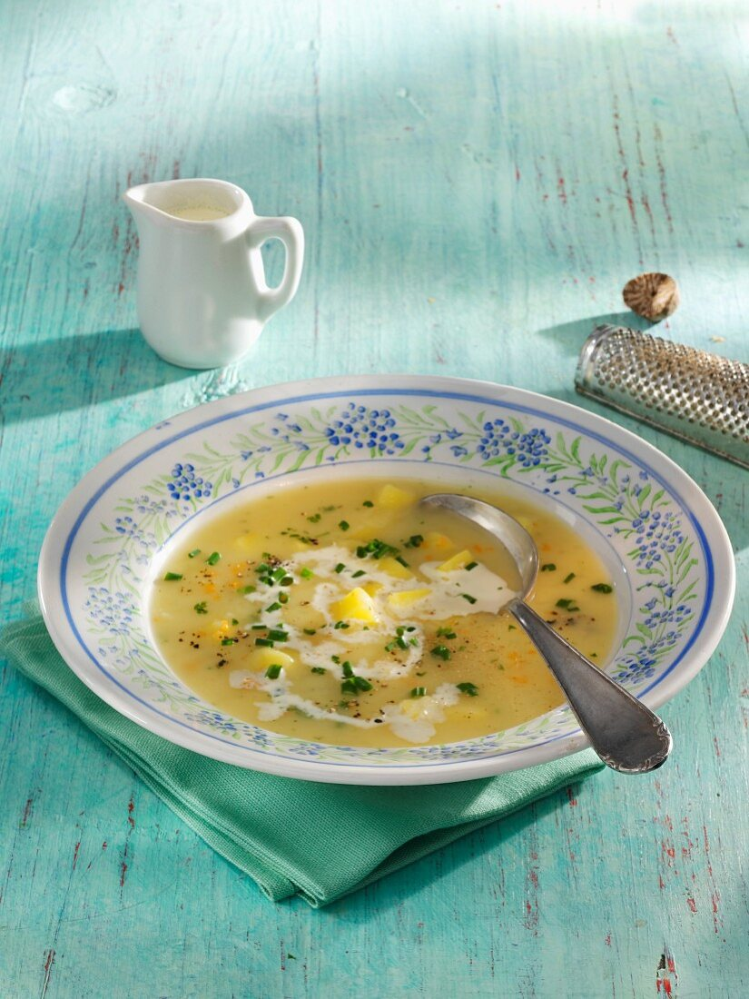 Cream of potato soup with nutmeg