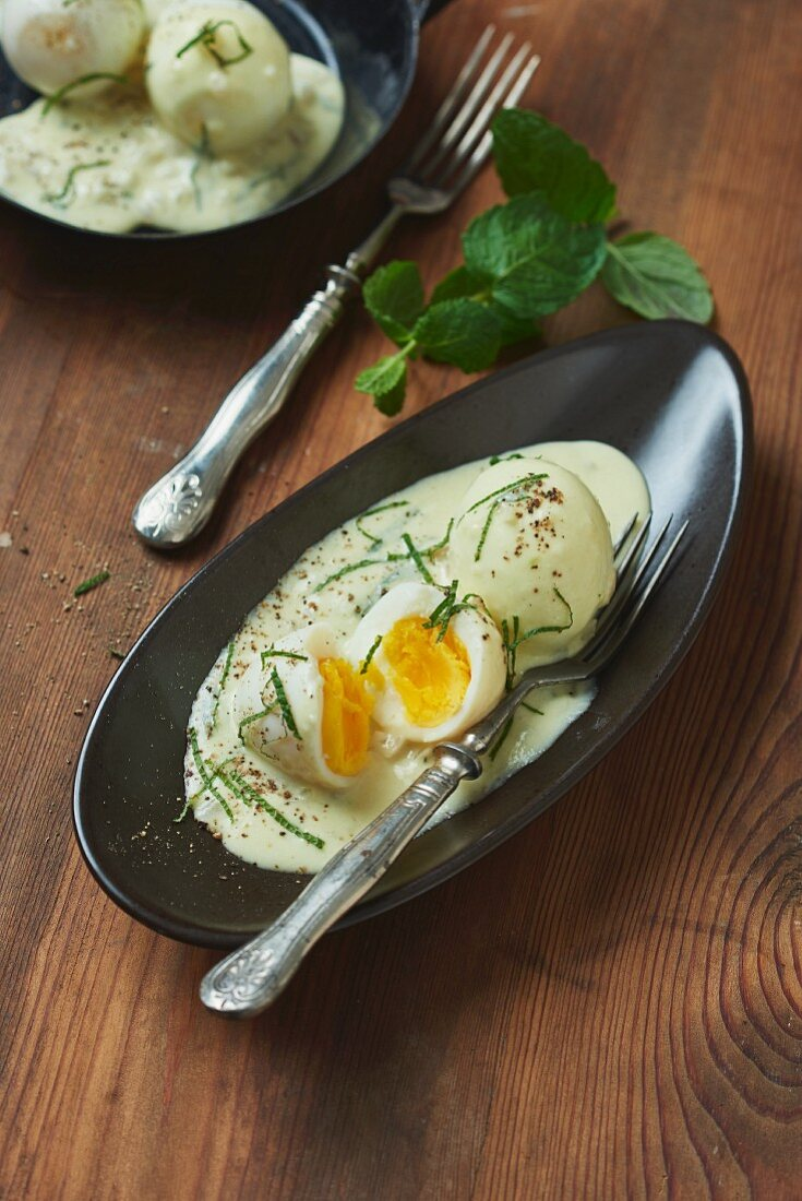 Soft-boiled eggs in a mustard and Riesling sauce