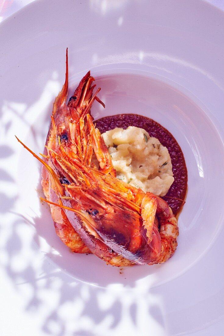 King prawns with potato salad