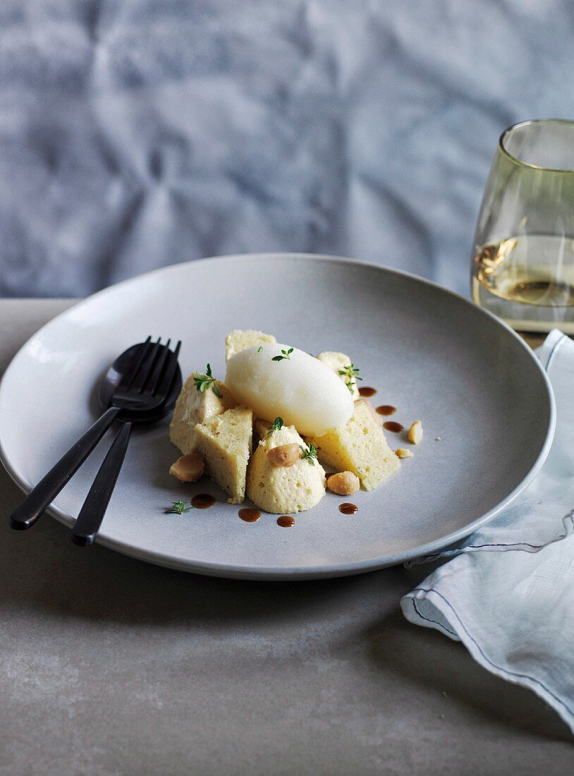 Corbezzolo honey mouse with pepperberry sponge and beer sorbet