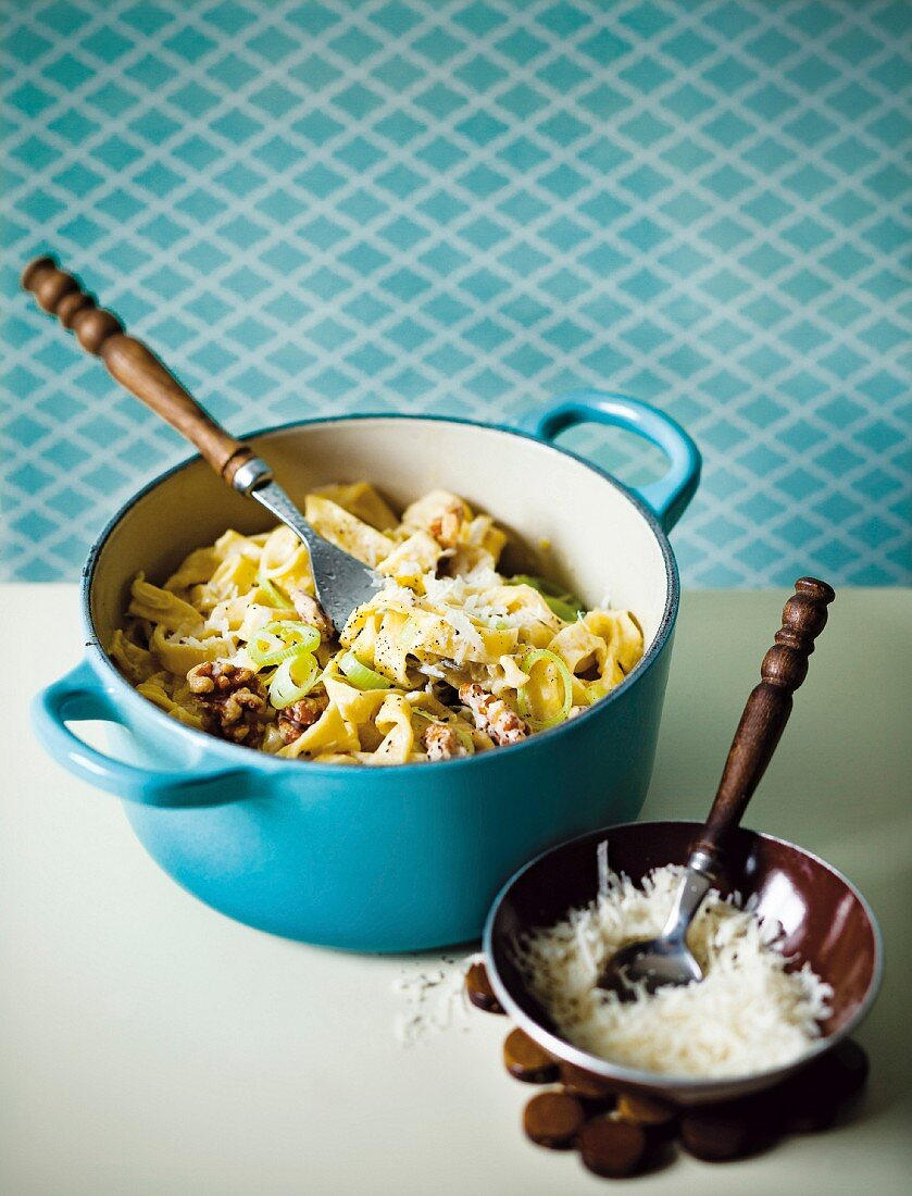 Tagliatelle with a leek and cream sauce and walnuts