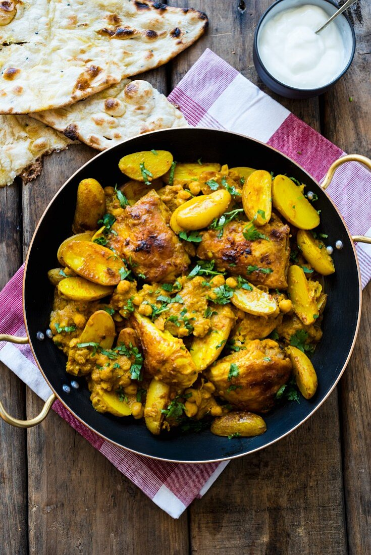 Chicken curry with chickpeas and potatoes