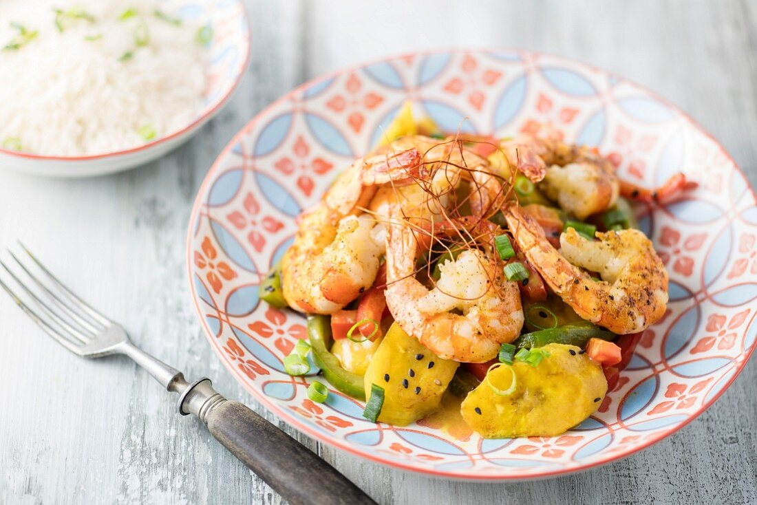 Plantain curry with prawns