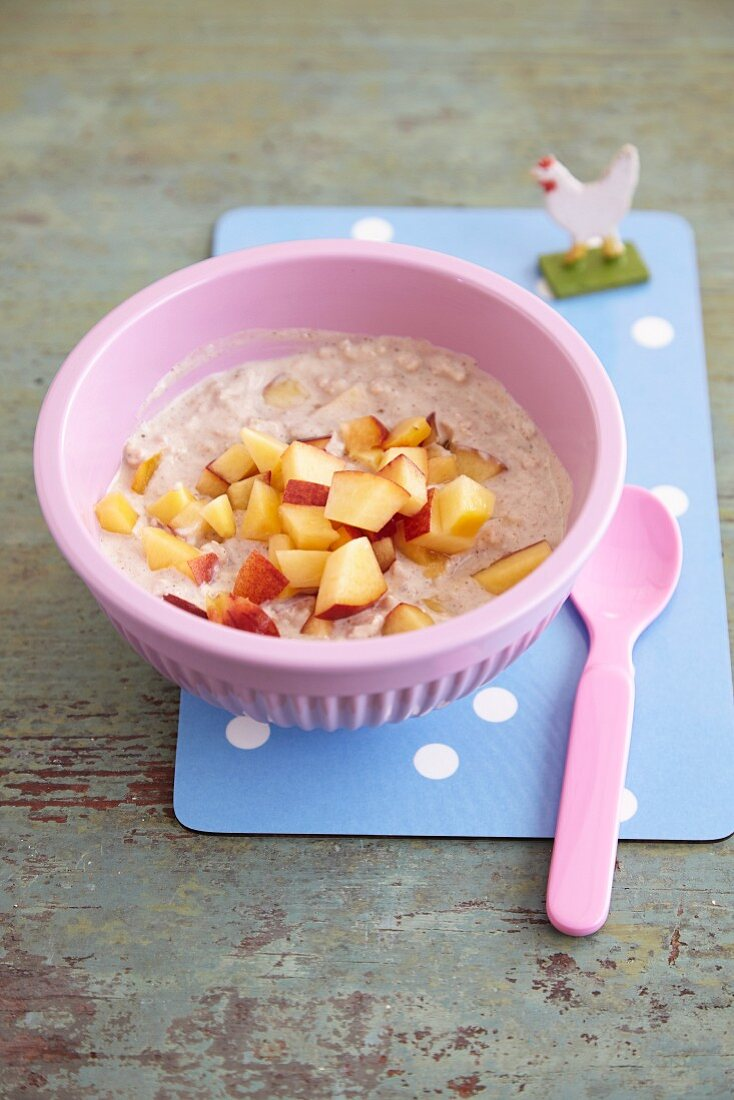 Overnight oats with fresh fruit