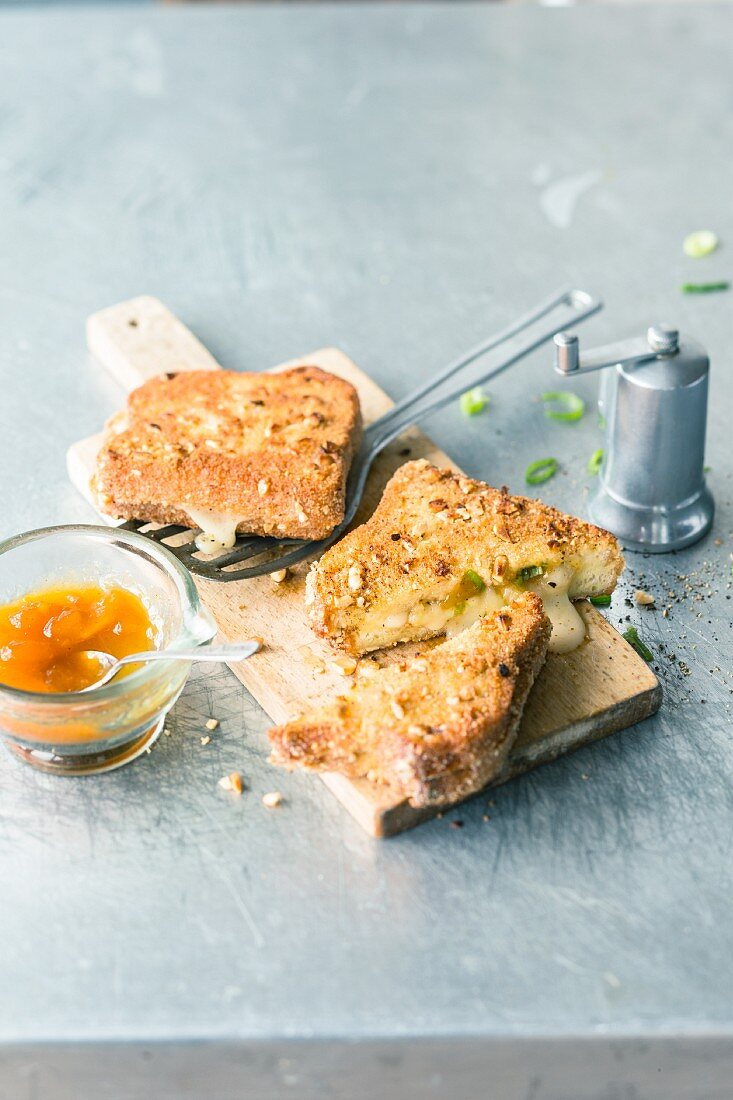 French toast with Taleggio cheese and mango chutney