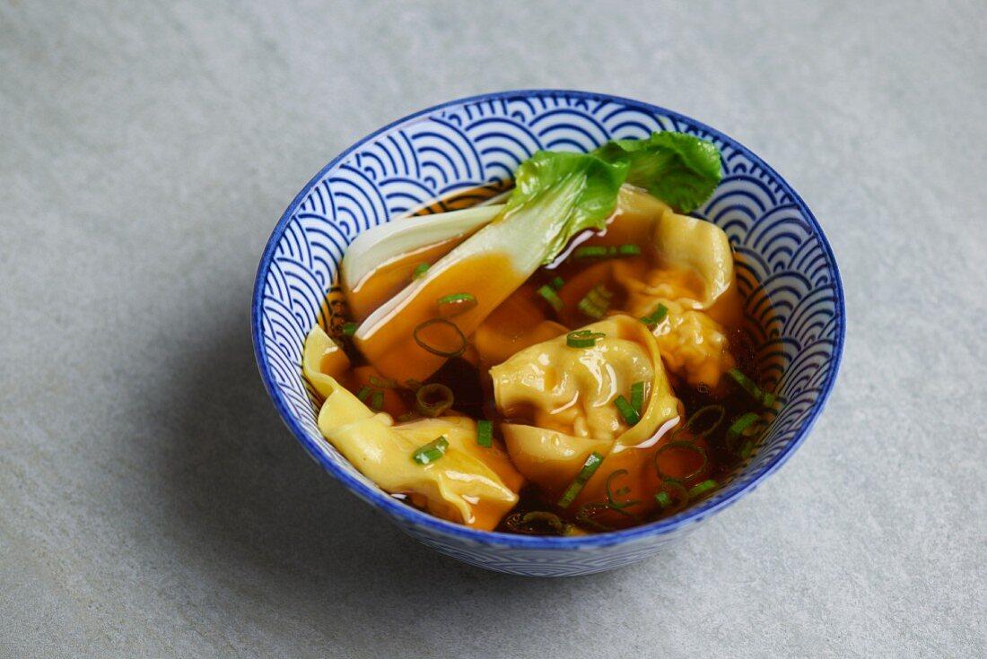 Won ton soup with bok choy