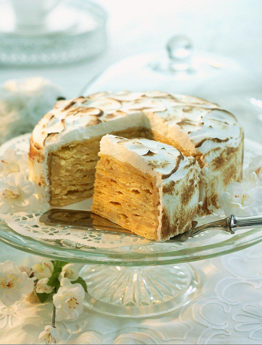 Argentinian wedding cake with meringue