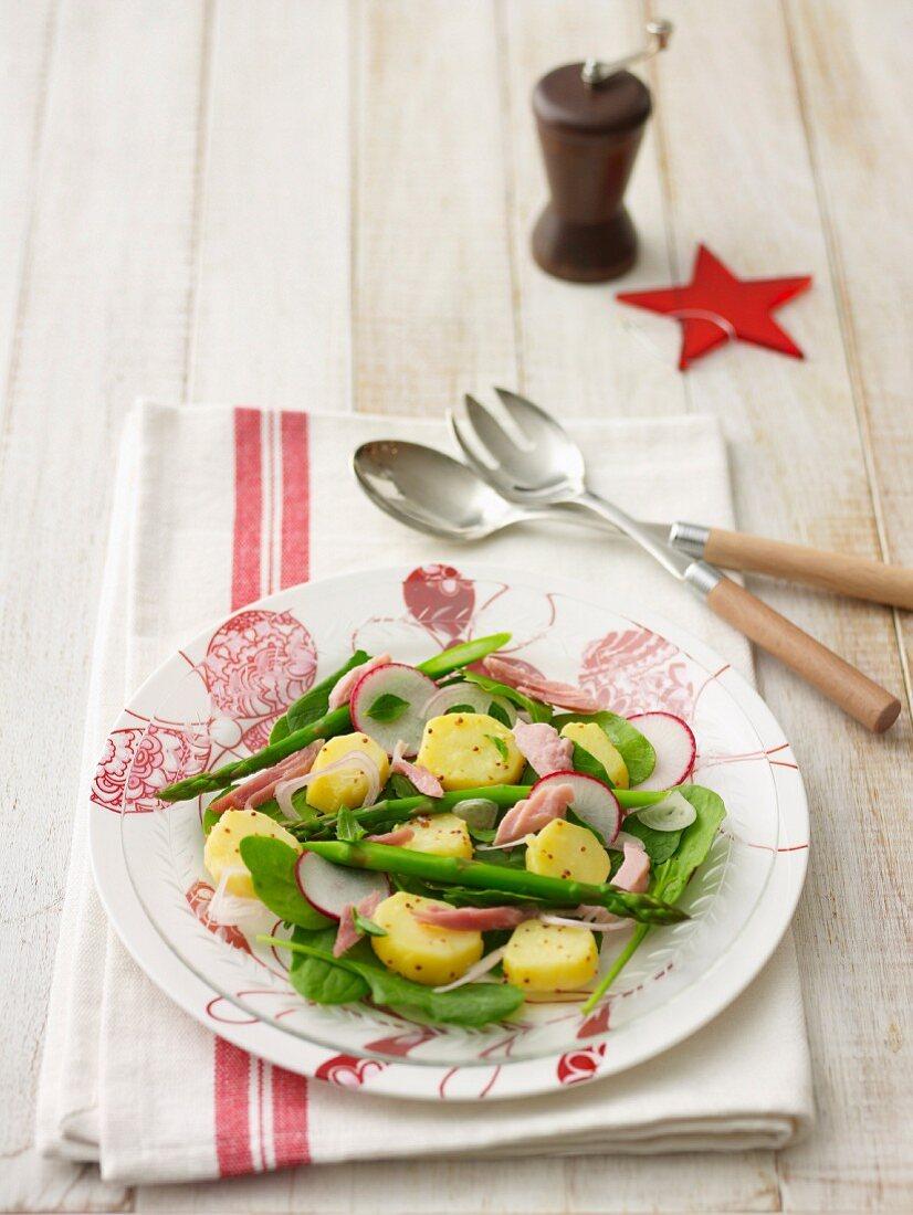 Ham, asparagus and radish salad
