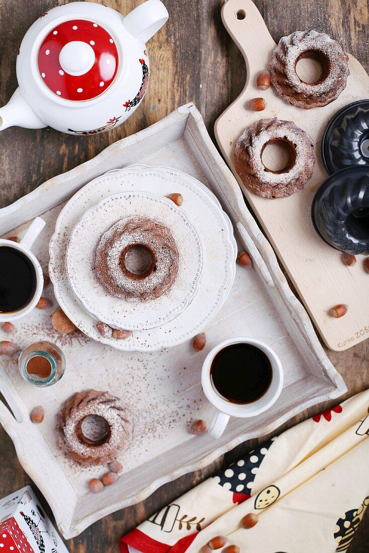 Mini chocolate and hazelnut Bundt cakes with coffee for Easter