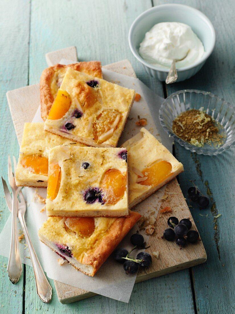 Apricot and moringa cake with blackcurrants