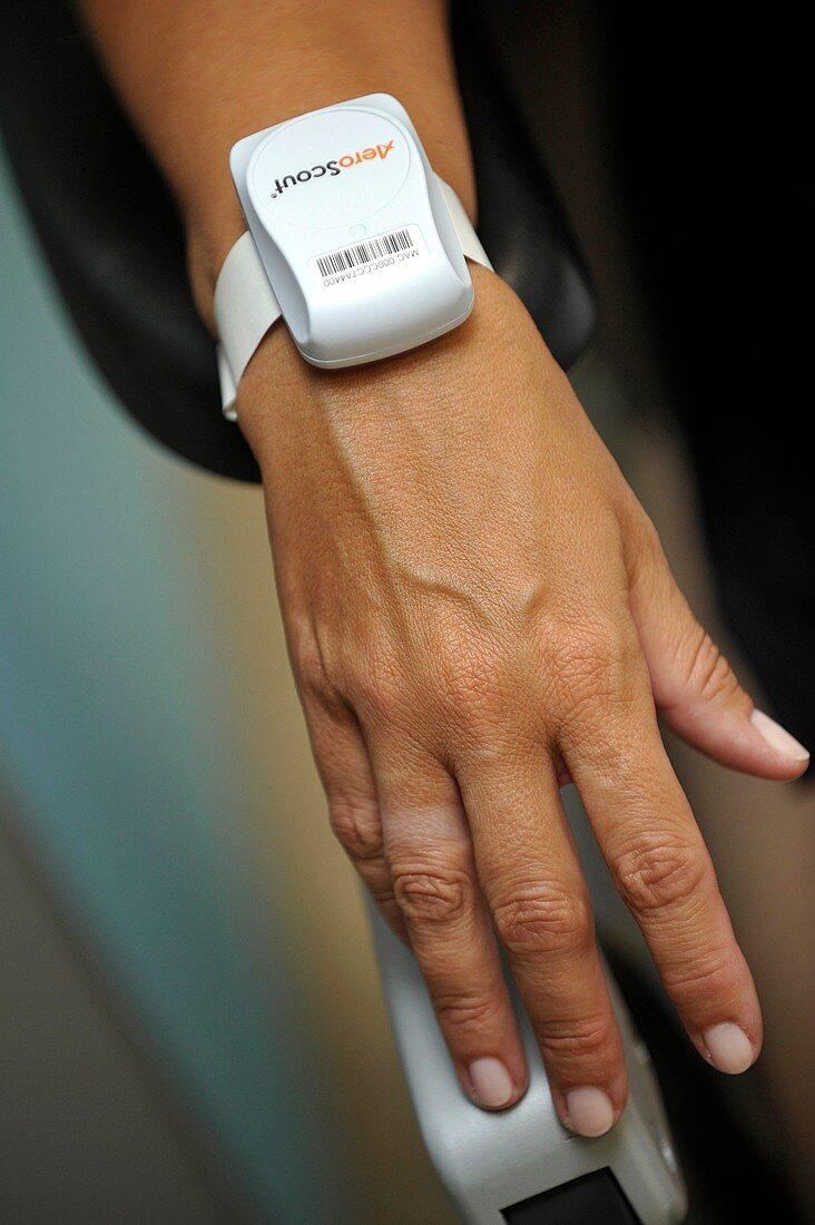 Wireless patient ID tag