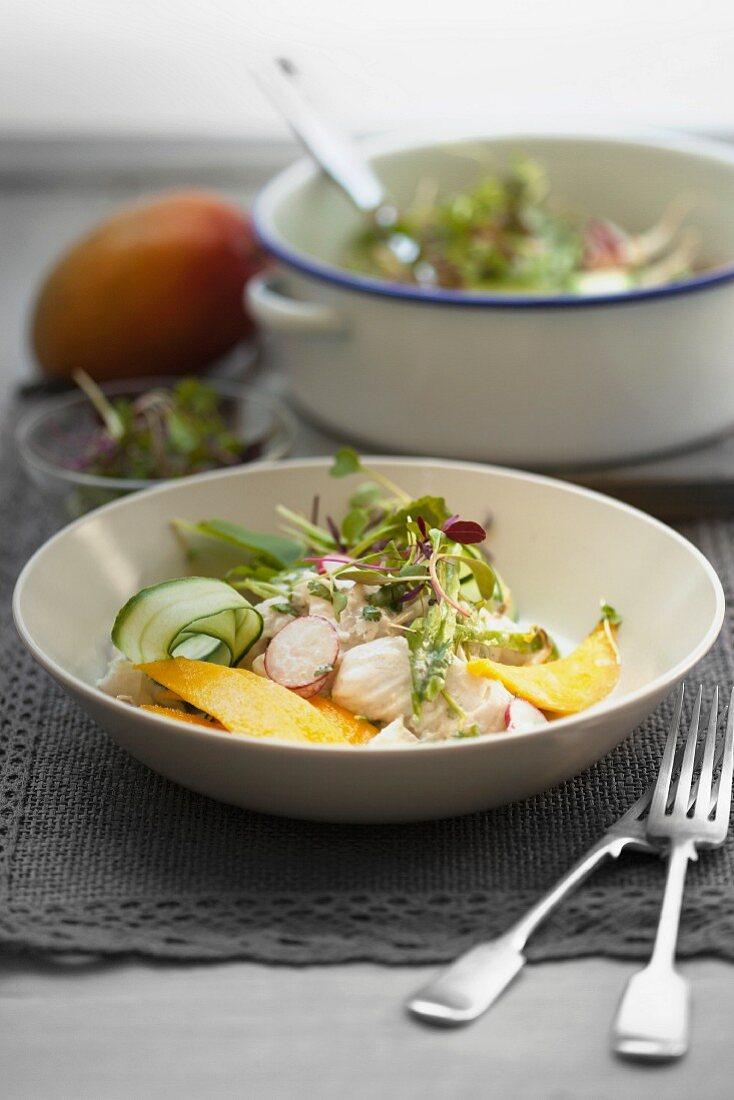 Fish salad with mango, radishes and cucumber (Tahiti)