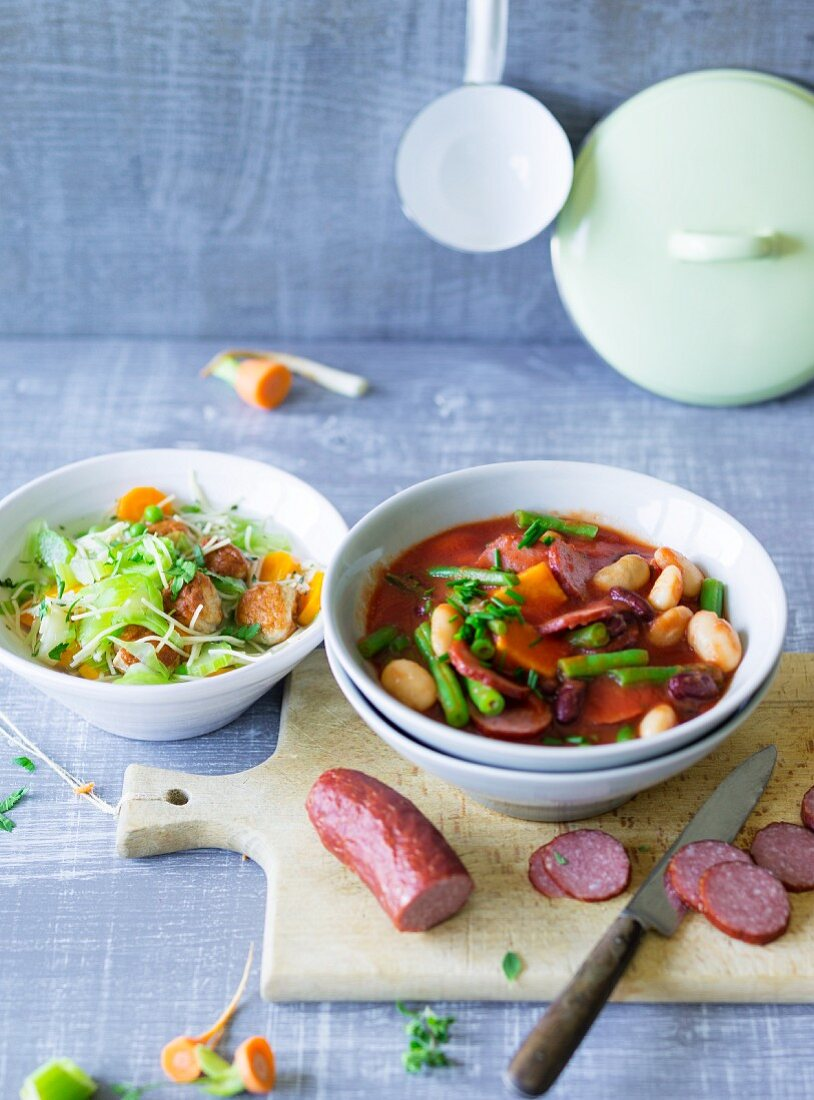 Ernährung bei ADHS: Gemüse-Nudeltopf & Bohnentopf mit Cabanossi