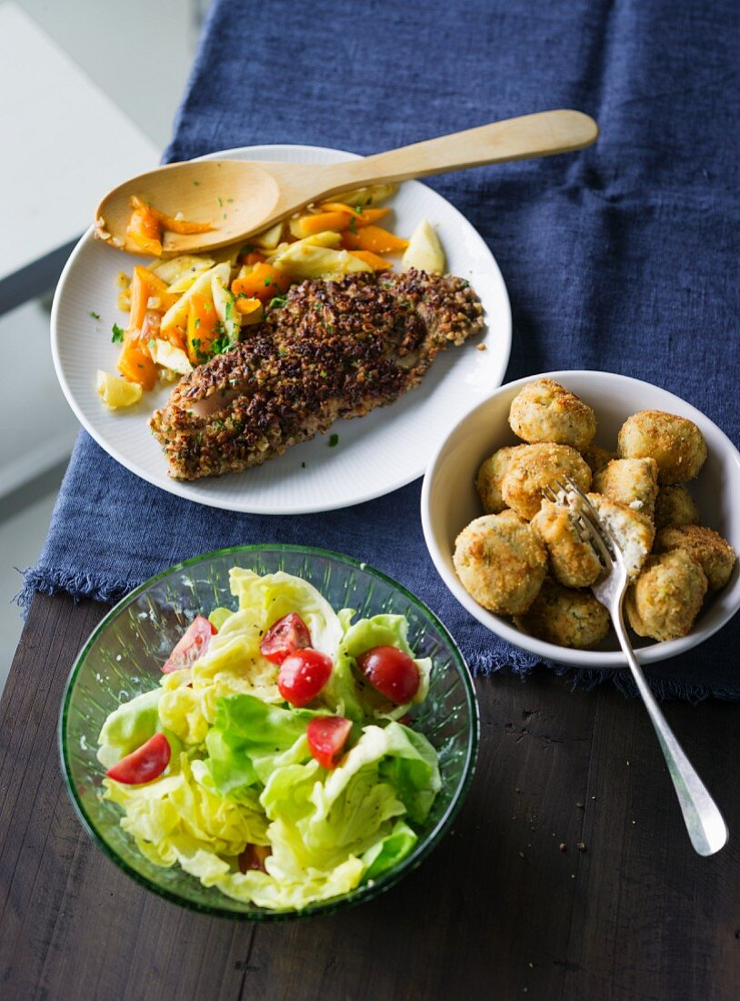 ADHD food: Crispy coated fish and fish balls with salad