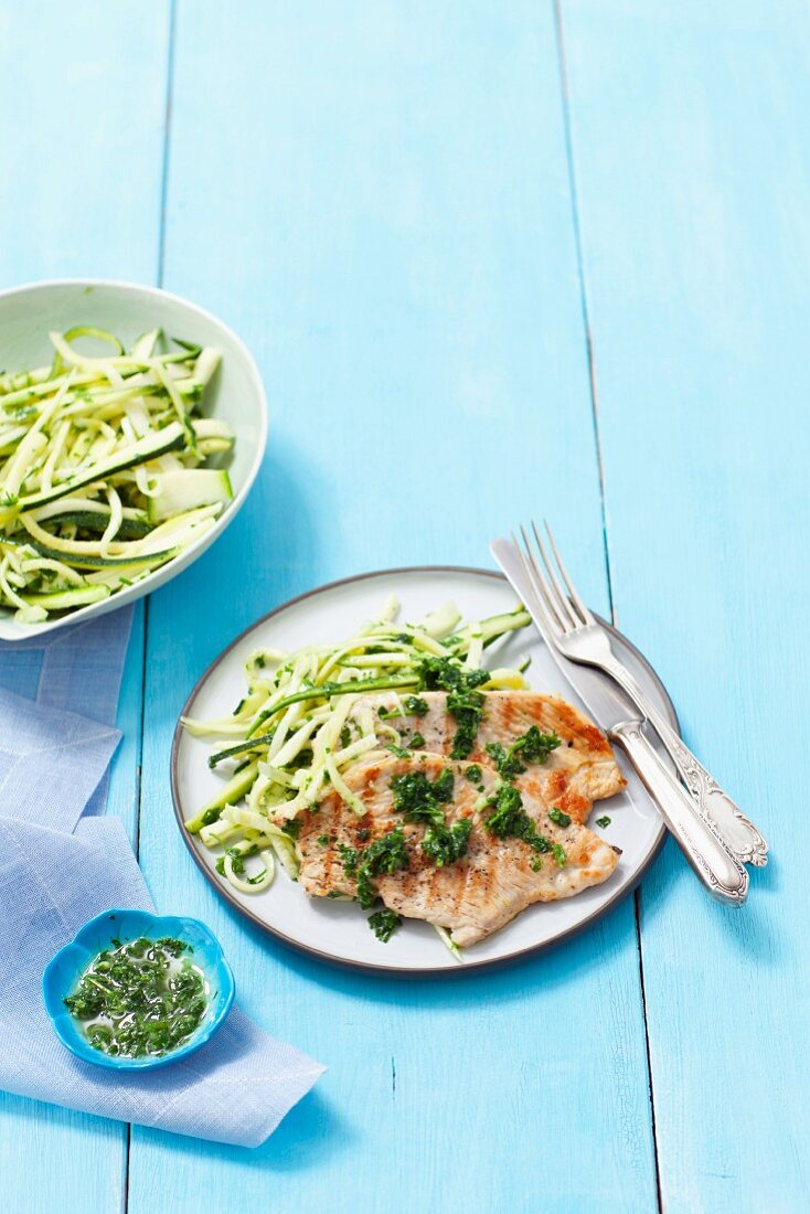 Grilled turkey breast with parsley pesto and courgette strips