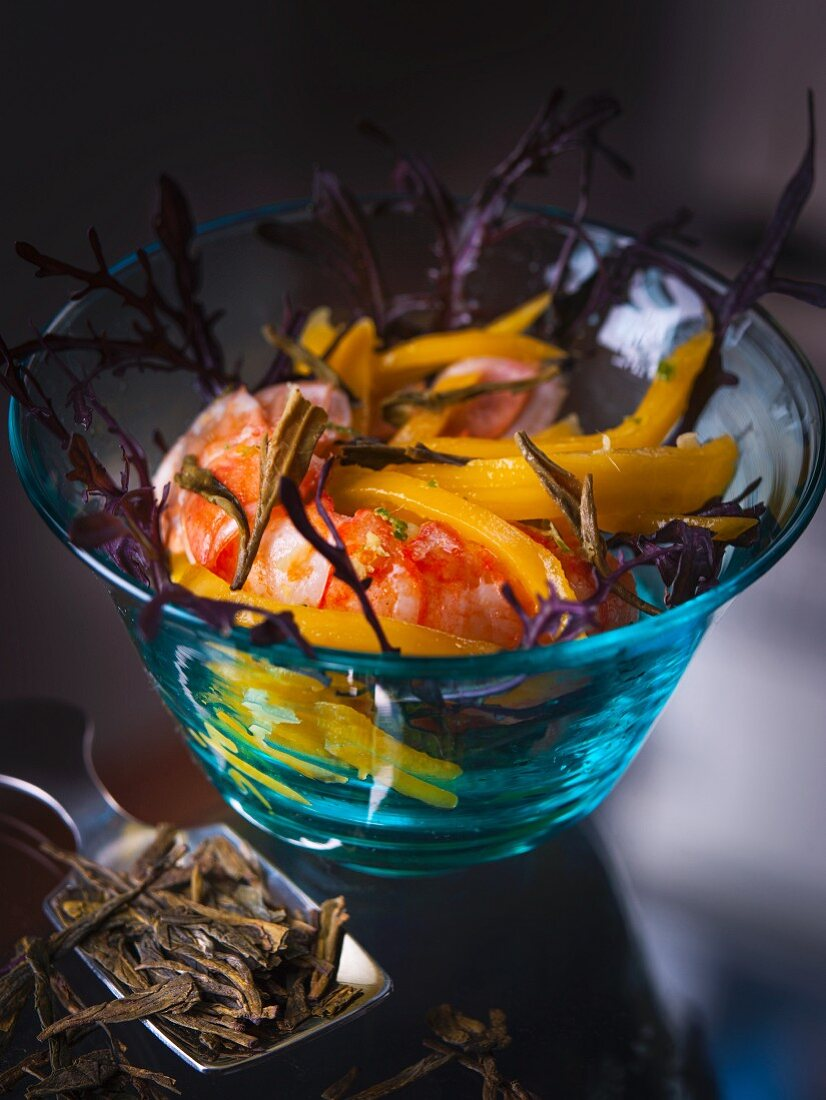 Scampi with mango, ginger and green tea