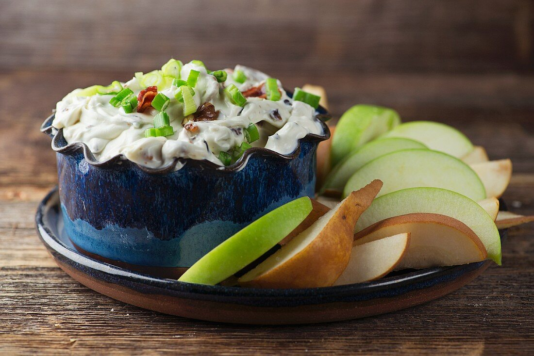 Blue cheese dip with fruit