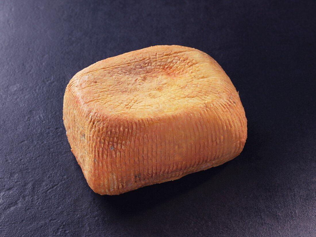 Le Niolo – Corsican sheep's milk cheese