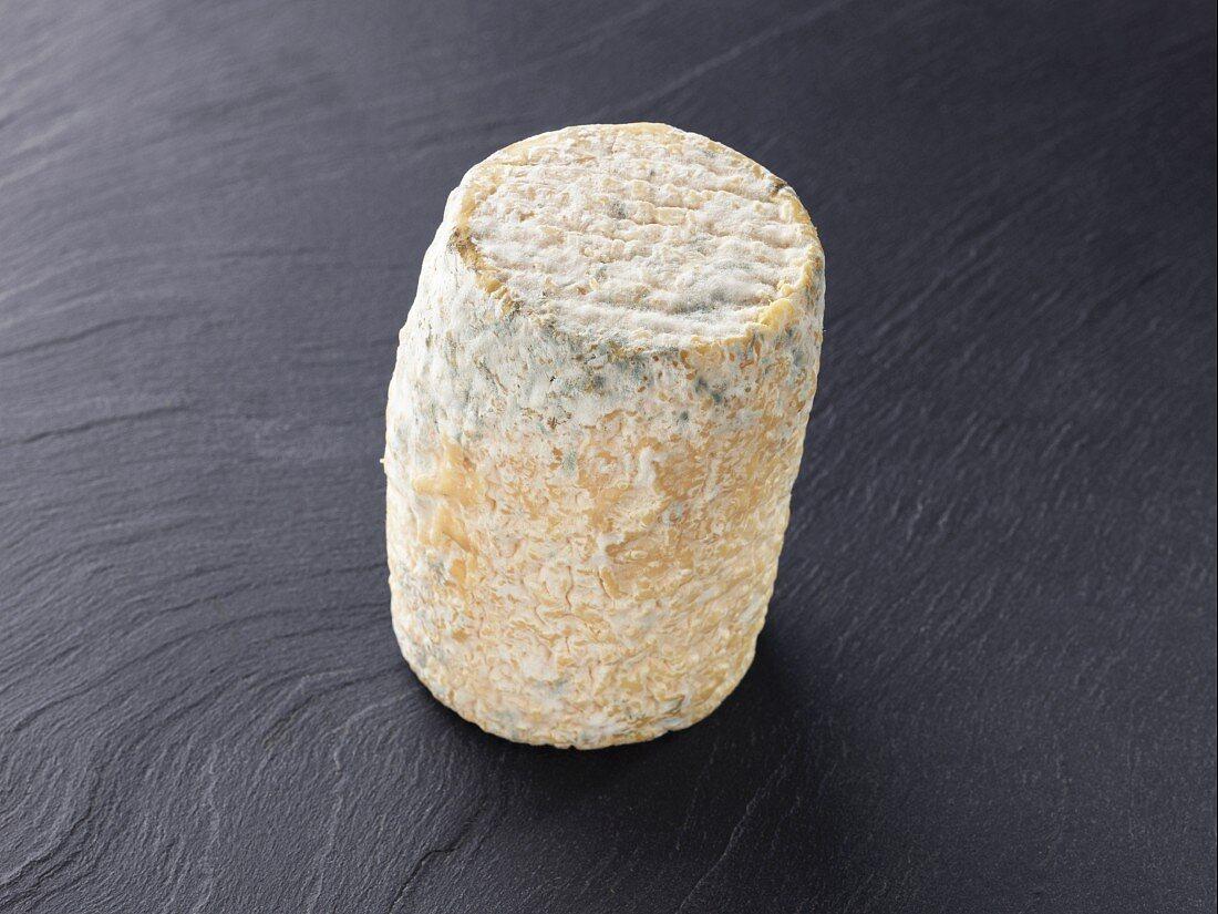 Clacbichou (French goat's cheese)