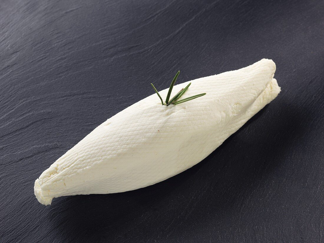 Gravia (French goat's cheese)