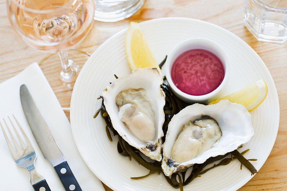 Oysters in the Outlaw's Fish Kitchen in Port Isaac (Cornwall, England)