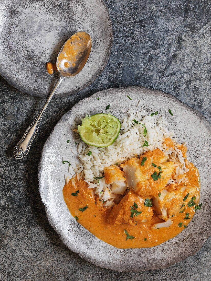 Bengali yogurt fish with rice