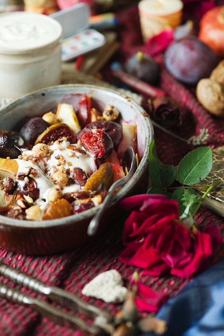 Oven-baked autumnal fruits